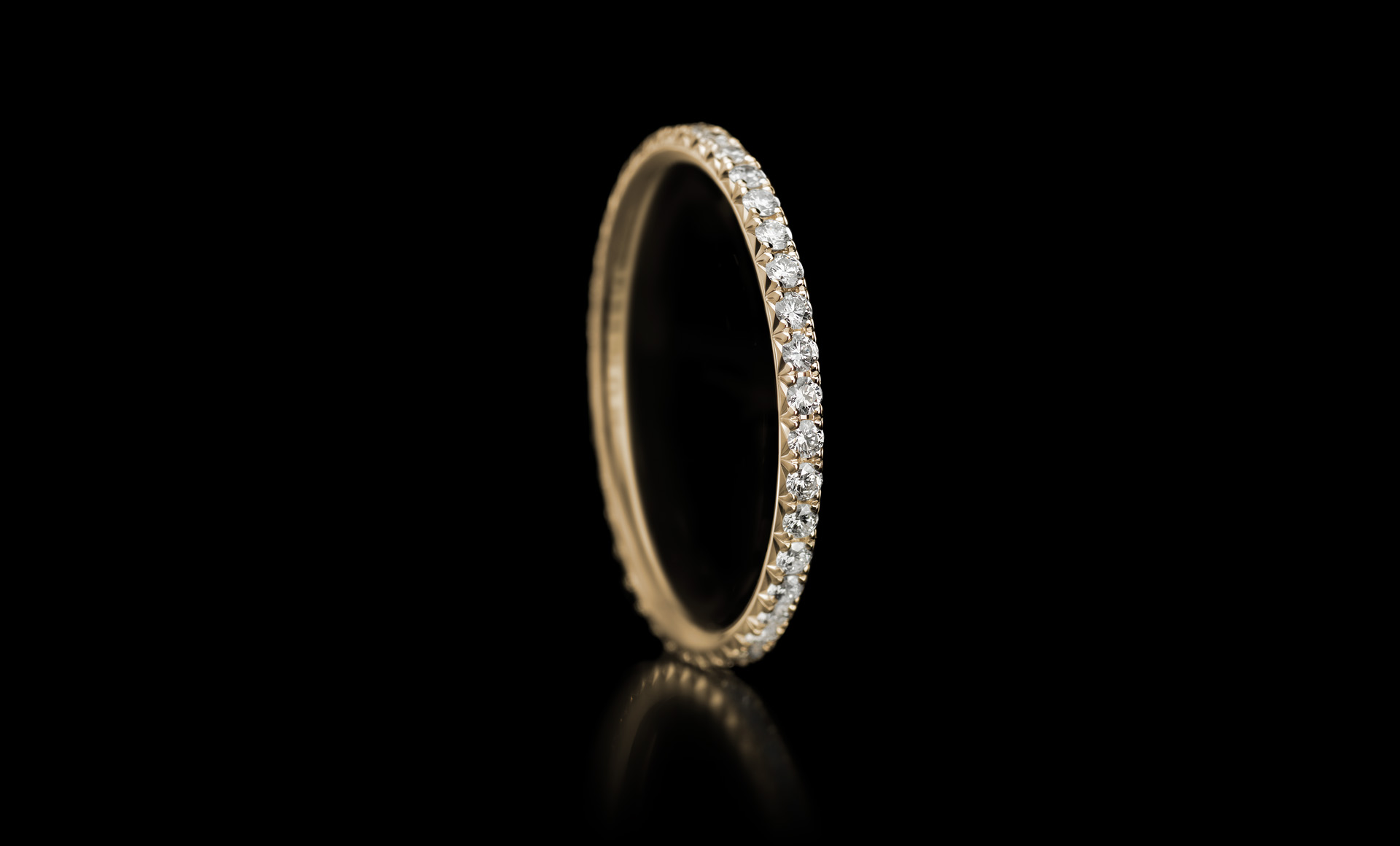 Halo No.1 diamond ring yellow gold