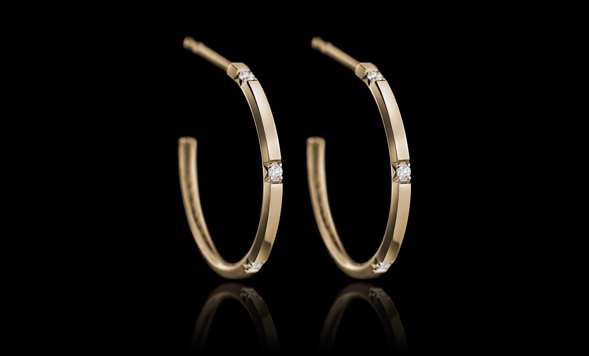 Halo No.4 diamond earring gold