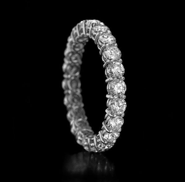 Gravity No.1 diamond ring