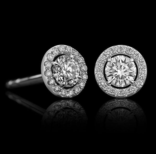Montluc - Orbit No.2 diamond earring with centerstone