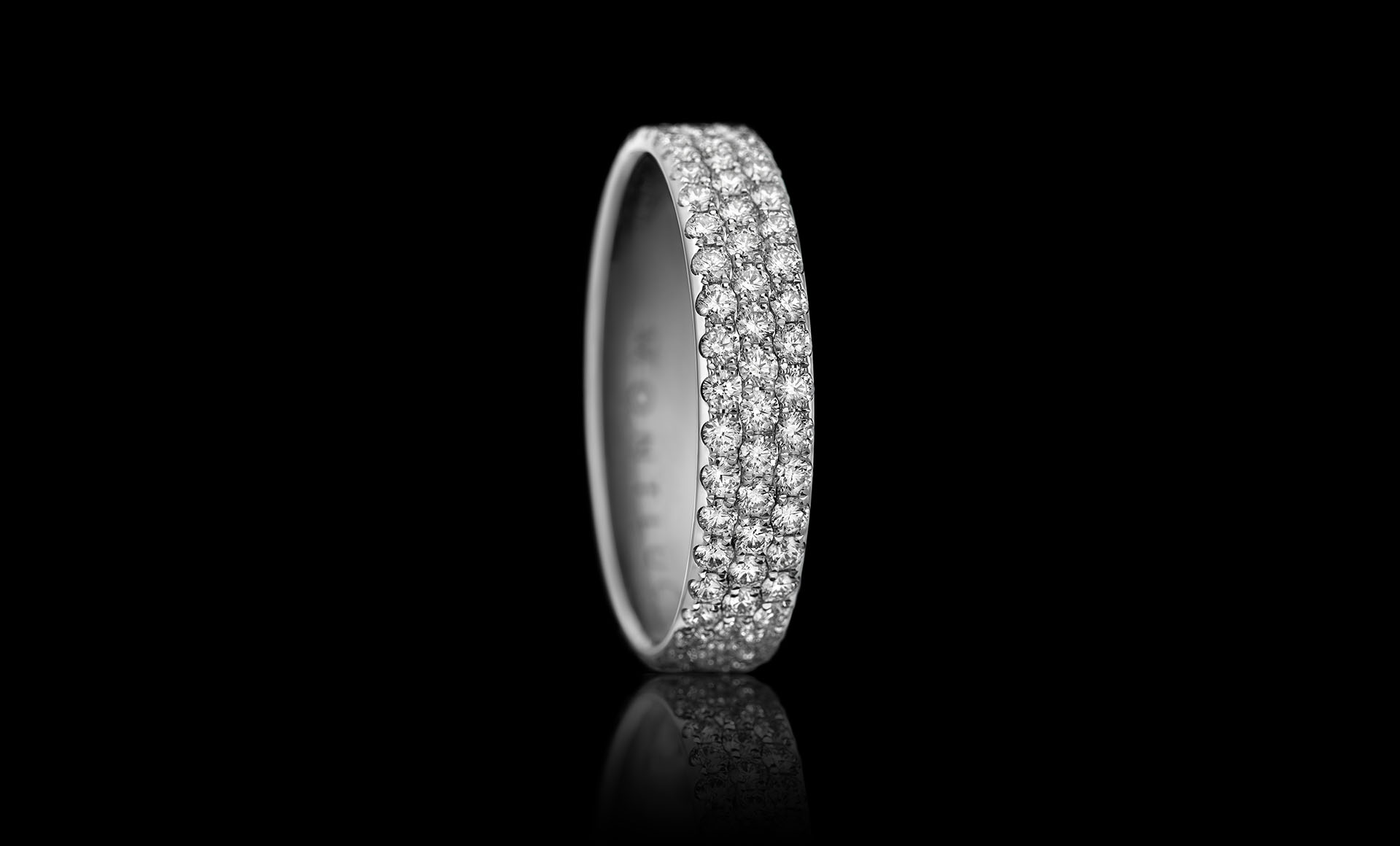 Constellation No.3 - a beautiful 3-row diamond ring.