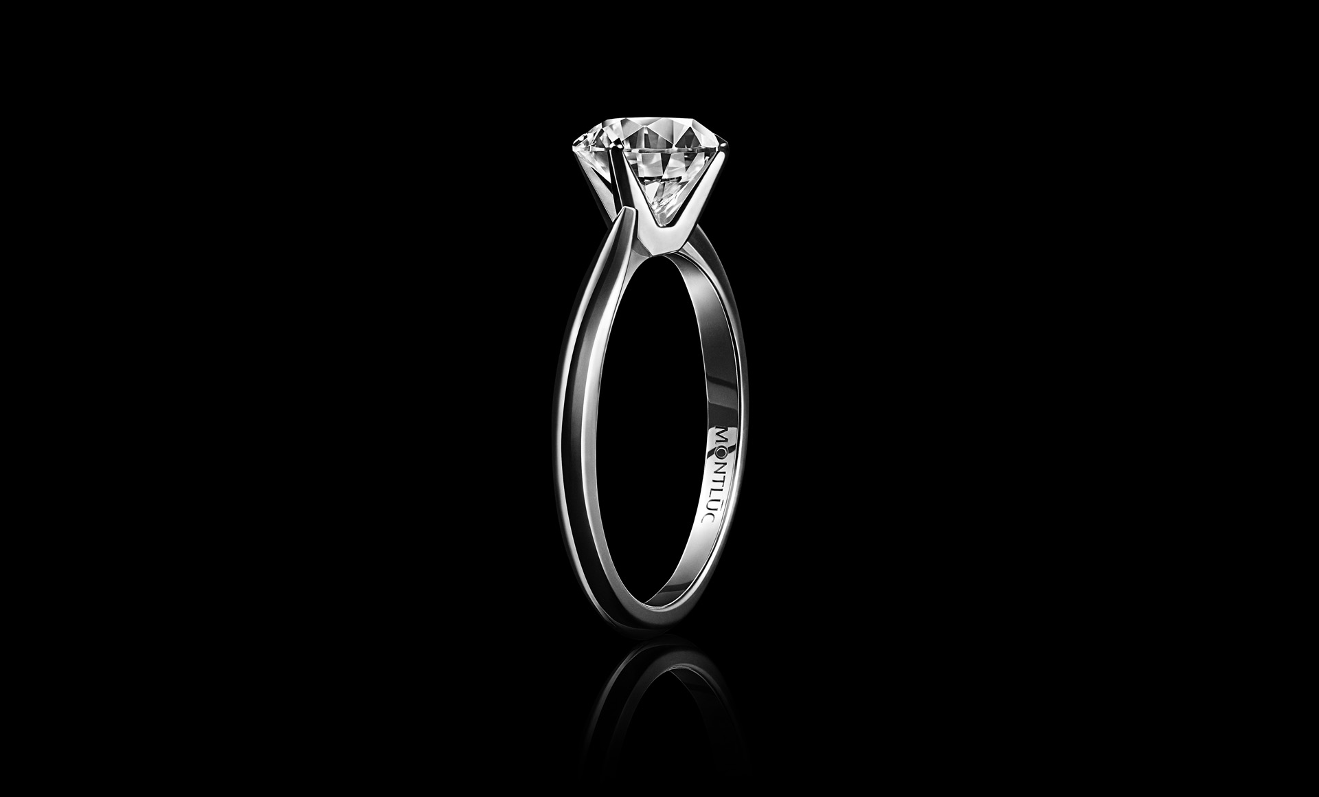 Montluc solitaire diamond ring