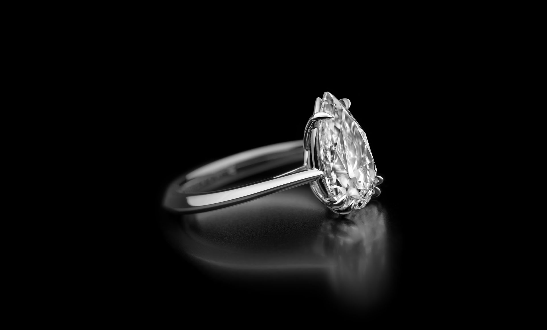 Atelier - your dream diamond jewellery - Solitaire Drop Shape